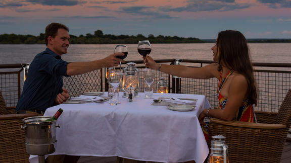 Old Drift Lodge, Victoria Falls - Dinner on the Jetty