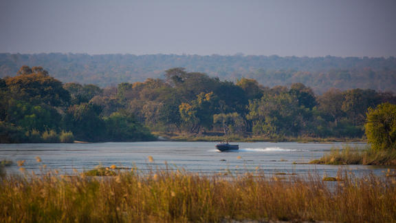 Boating on the Zambezi - Boating on the Zambezi
