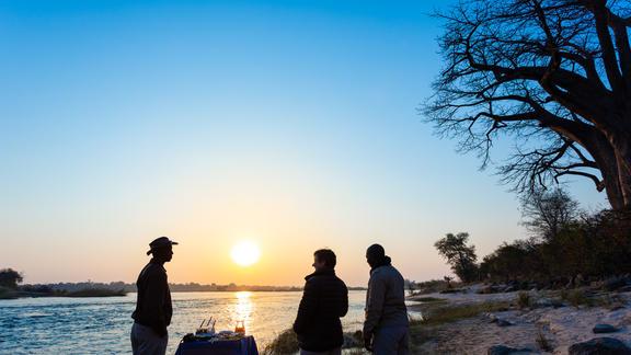 Sundowners on the Zambezi River  - Sundowners on the Zambezi River