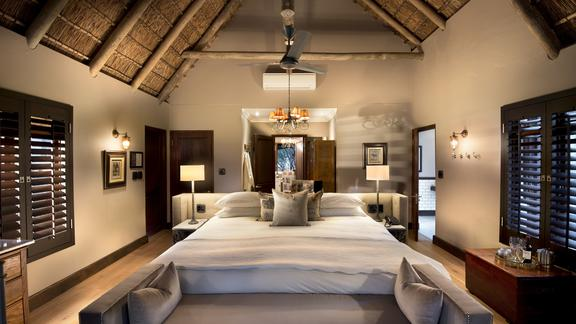 Ngala Private Game Reserve - Ngala Safari Lodge Family Cottage with Inter leading door