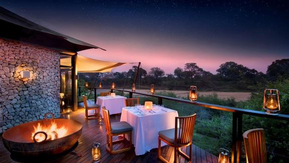 Ngala Tented Camp riverbed views -