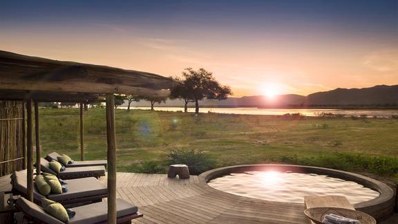 Nyamatusi Camp - Sundowners by the pool