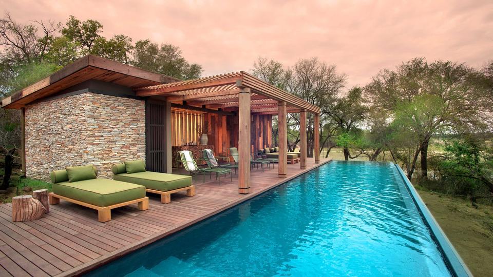 andBeyond Tengile River Lodge - Main area pool