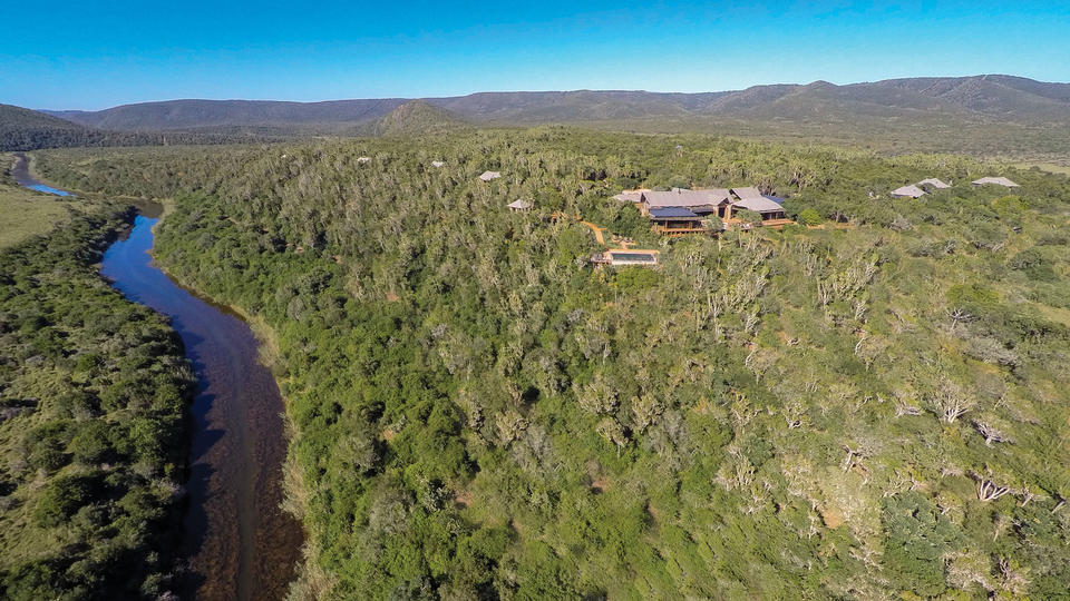 Kariega Settlers Drift location - The site is beautiful alongside the river and with views across the plains to the bush beyond.